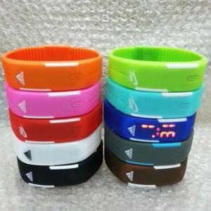 led_sports_bracelet_watch_1446955719_49821ba6[1]
